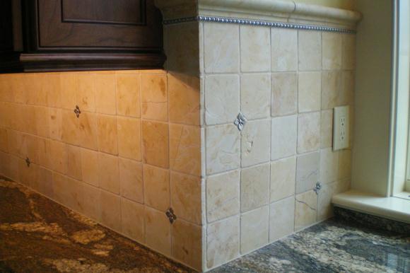Kitchens - Backsplash corners ...